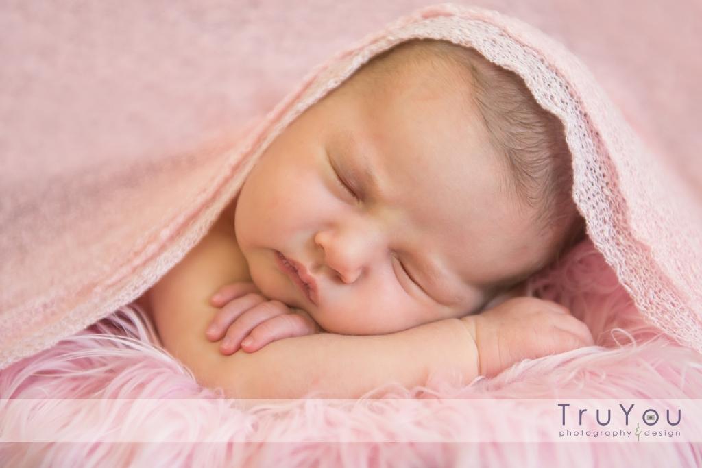 Newborn-baby-girl-9